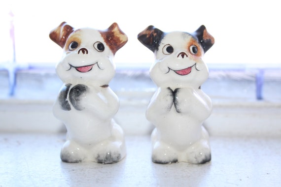 Vintage Dogs Salt and Pepper Shakers 1950s Kitsch