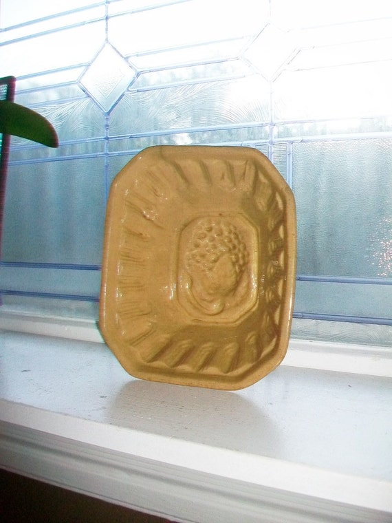 Large Yellowware Pudding Mold Antique 1800s Stoneware Yelloware