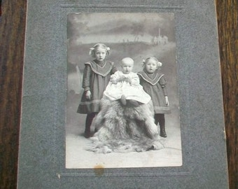 Vintage Cabinet Card Photograph 1800s Victorian Children On A Fur 6 1/2 x 5