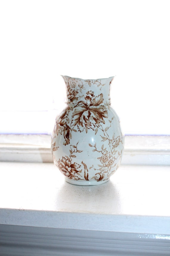 Brown Transferware Vase Porcelaine Royale Pitcairns Picotee 1800s English