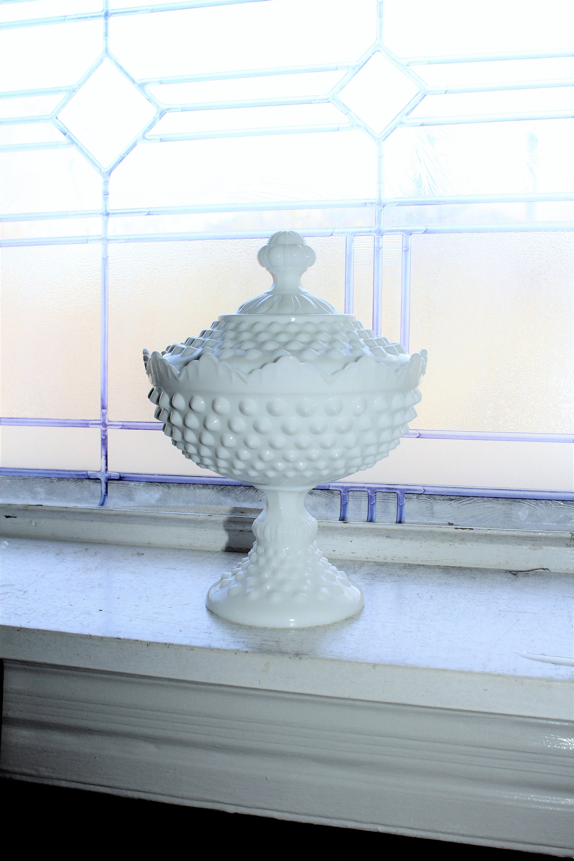 vintage 1960s hobnail white milk glass dish and lid