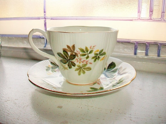 Royal Albert Tea Cup and Saucer Fine Bone China Autumn Leaves