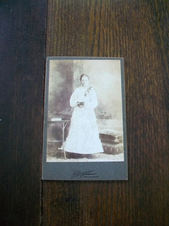 Vintage Cabinet Card Photograph 1800s Victorian Girl in White 6 1/2 x 4 1/4