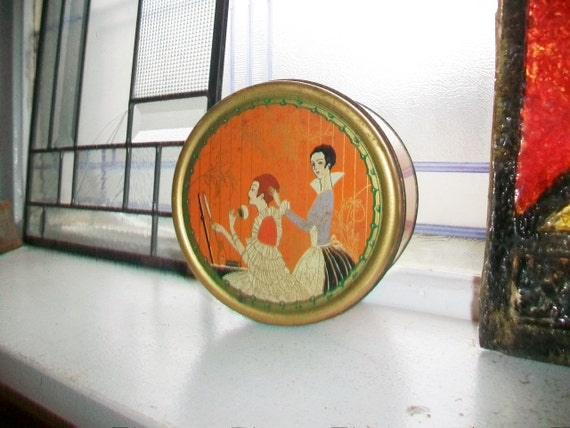 Vintage Art Deco Tin Three Flowers Dusting Powder Bathroom Decor Bedroom Decor