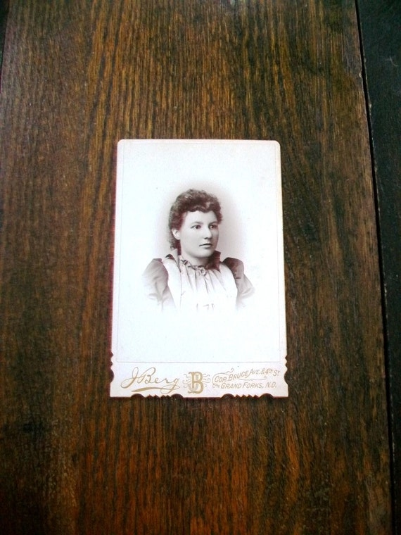 Vintage Cabinet Card Photograph 1800s Country Maiden