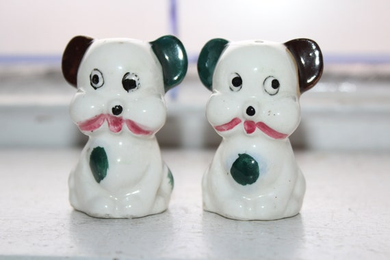 Vintage Dogs Salt and Pepper Shakers 1960s Kitsch