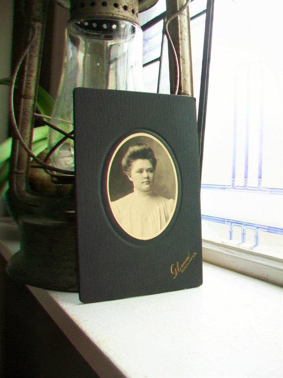 Victorian Woman Cabinet Card Photograph Antique 1800s Photo