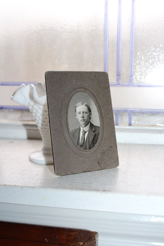 Vintage 1800s Cabinet Card Photograph Young Victorian Man