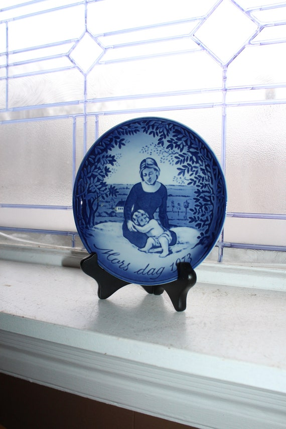 Mothers Day 1973 Georg Jensen Plate Vintage Blue and White