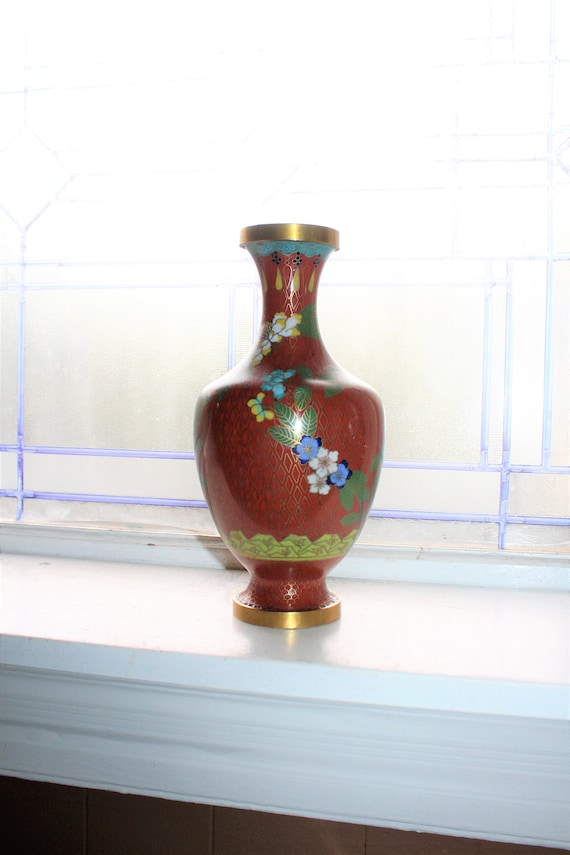Large Vintage Chinese Cloisonne Vase 8 Inches Red
