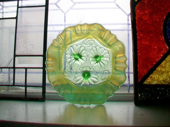 Antique Green Opalescent Glass Bowl Northwood Ruffles and Rings Footed Dish
