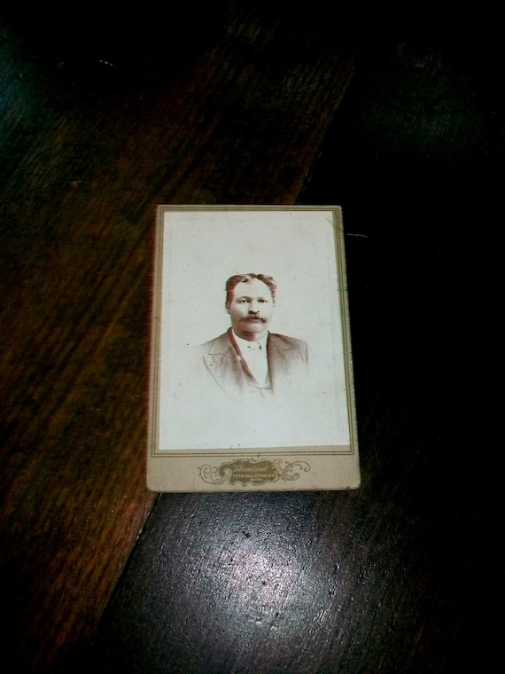 Antique Cabinet Card Photograph Victorian Gentleman 1800s 6.5 x 4.25