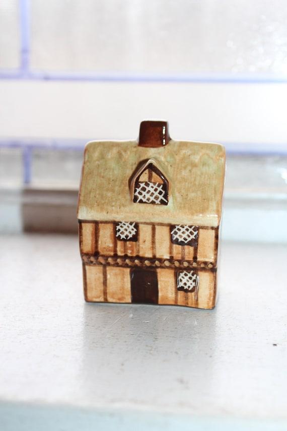 Vintage Mudlen End Suffolk Cottages Figurine Thatched Cottage #4