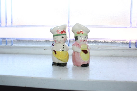 Vintage Salt and Pepper Shakers 1920s Chefs