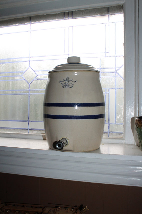 Vintage Stoneware Water Cooler Blue Crown and Stripes Robinson Ransbottom