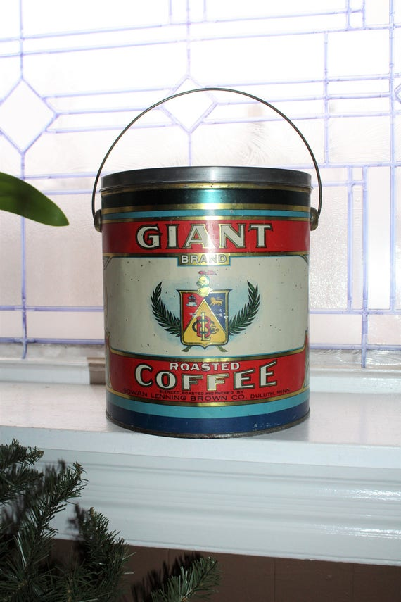 Giant Brand Coffee Tin Red White and Blue 5 Lb Size Vintage 1930s