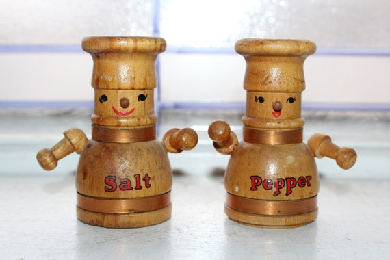 Vintage Salt and Pepper Shakers 1950s Wood Chefs
