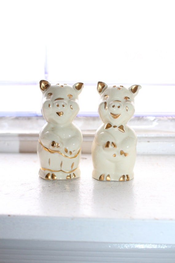 Vintage Pigs Salt and Pepper Shakers 1950s Kitsch