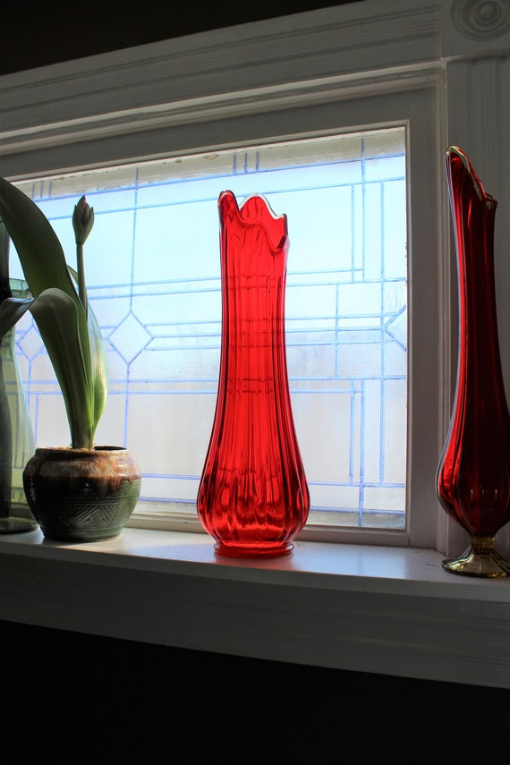 """Large Red Glass Vase 20"""" Vintage Mid Century Modern Swung Glass"""
