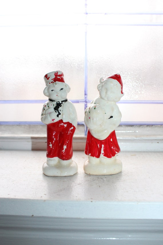 Vintage Salt and Pepper Shakers Dutch Boy and Girl 1950s