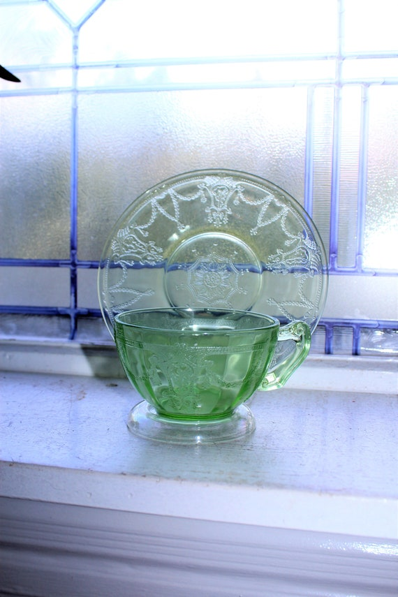 Green Depression Glass Cup & Saucer Cameo Ballerina Vintage 1930s