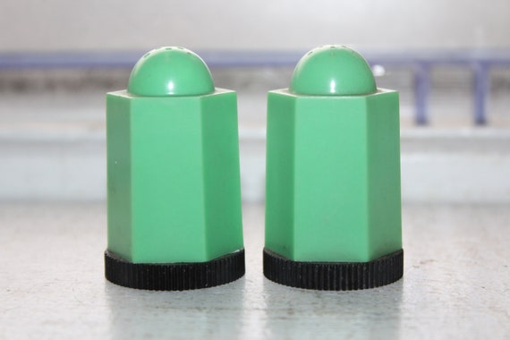 Vintage Art Deco Green Salt and Pepper Shakers