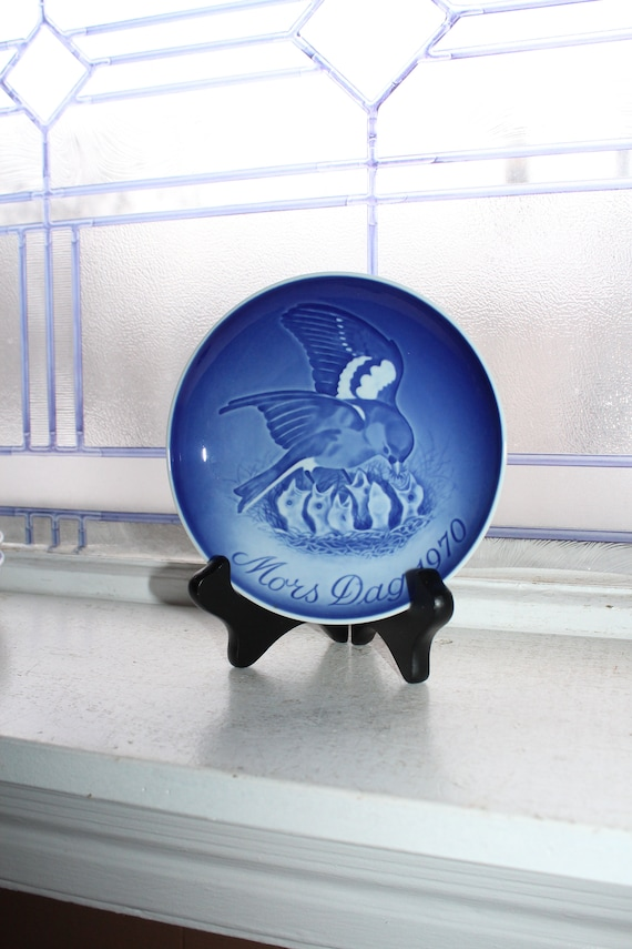 Mothers Day 1970 Bing and Grondahl Plate Vintage Blue and White