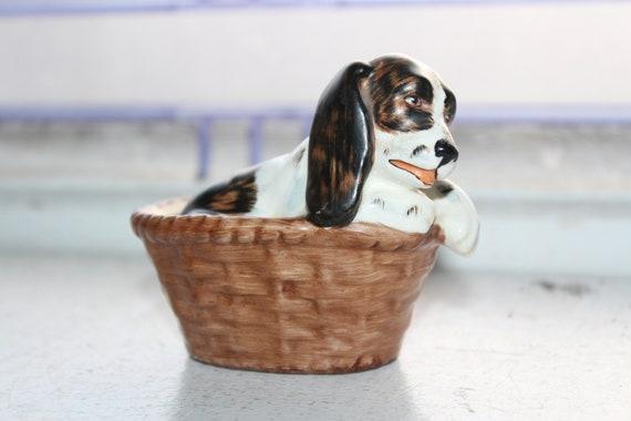 Vintage Goebel Cocker Spaniel Dog in Basket Figurine KT144