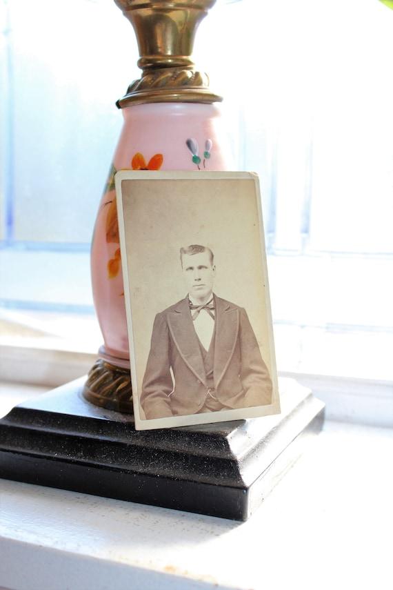 Vintage Carte De Visite Photograph Victorian Man 1800s