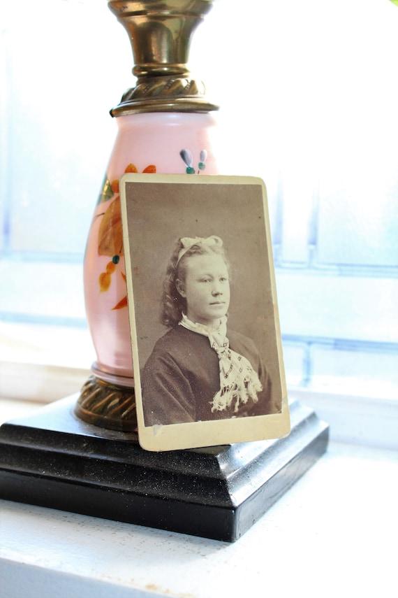 Vintage Carte De Visite Photograph Victorian Woman 1800s