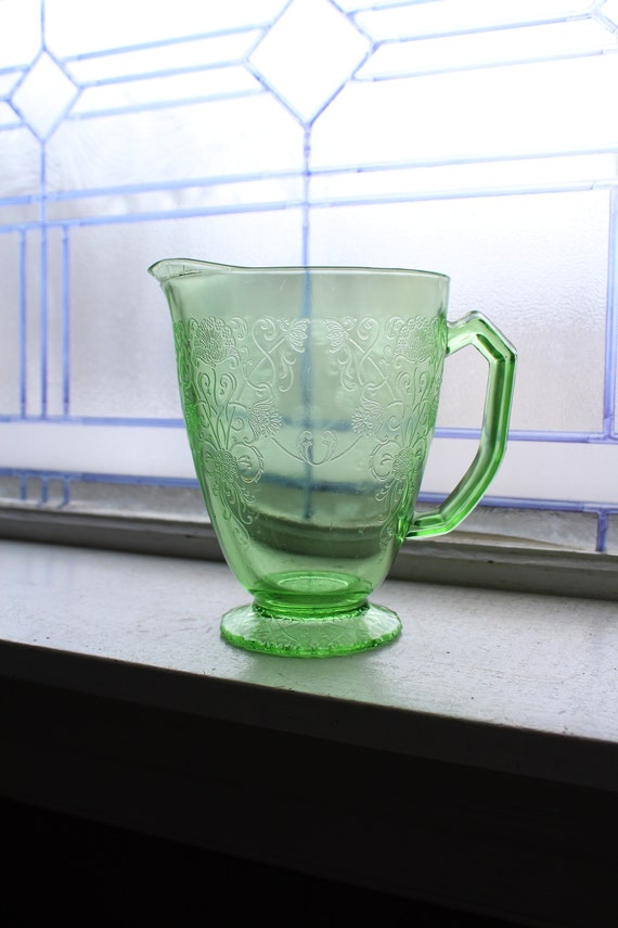Green Depression Glass Pitcher Florentine #1 Poppy Vintage 1930s