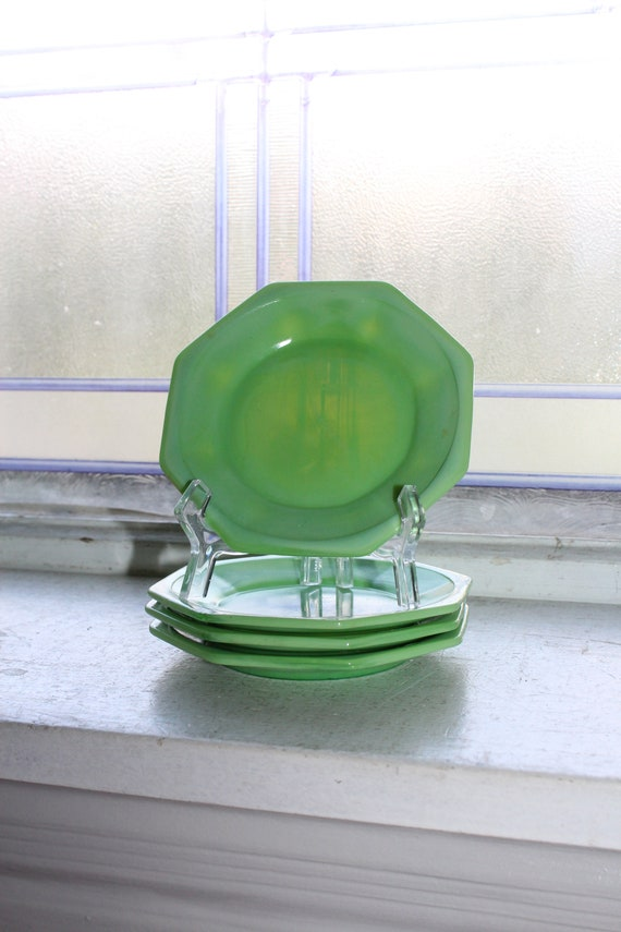 4 Vintage Akro Agate Green Plates Childrens Dishes 1940s