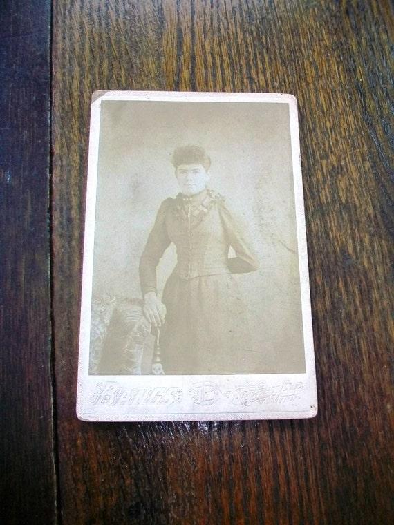 Vintage Cabinet Card Photograph 1800s Victorian Woman 6 1/2 x 4 1/4