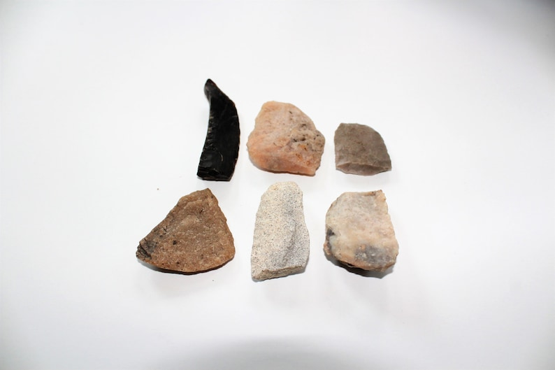 24 Antique Arrowheads Native American 1800s North Dakota