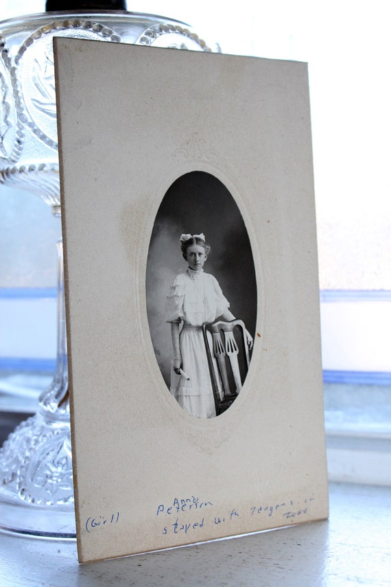 Antique Photograph Cabinet Card 1800s Victorian Girl