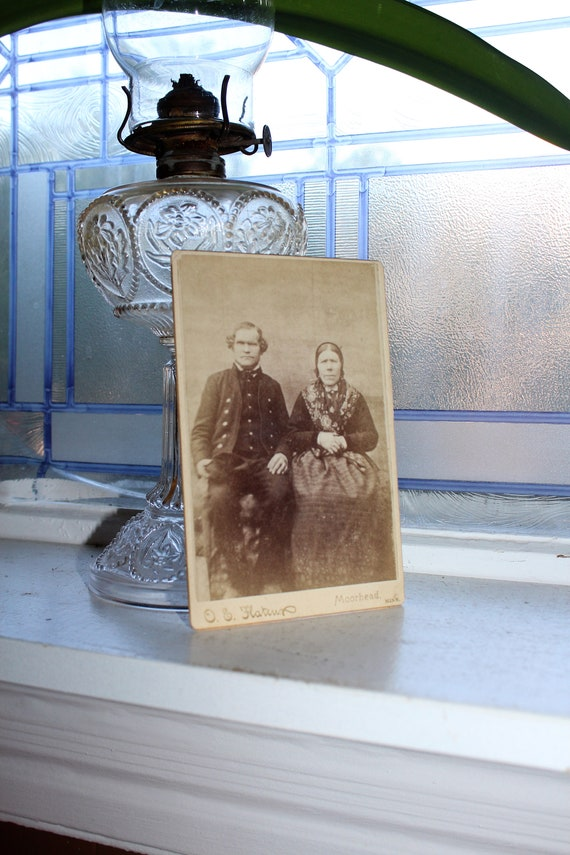 Antique Cabinet Card Photograph Immigrant Couple 1800s