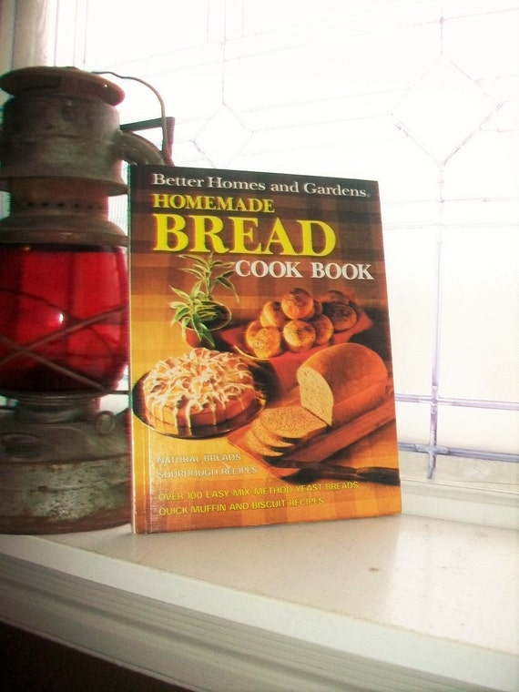 Vintage Cookbook Homemade Bread Better Homes and Gardens Cook Book