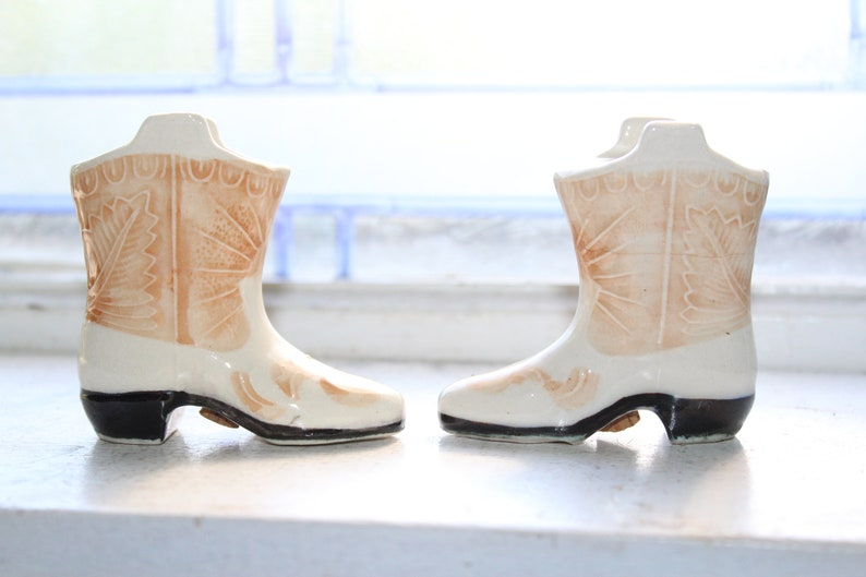 Salt Pepper Shakers Vintage Cowboy Boots