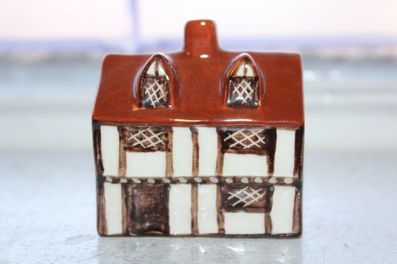 Suffolk Cottages Mudlen End Studio Pottery Figurine #9 Weaver's House