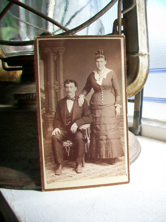 Antique Cabinet Card Photograph Victorian Couple 1800s