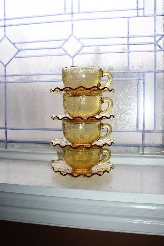 4 Vintage Textured Amber Glass Cups and Saucers Wavy Pie Crimp Rim