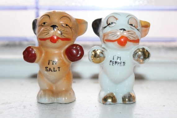 Vintage Bulldogs Salt and Pepper Shakers 1950s Kitsch