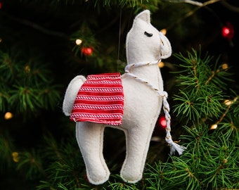 Felt Llama Ornament, Felt Ornament, Llama Ornament, Llama Gifts, Llama Decor, Ornaments, Christmas Ornaments, Felt Animals, Llamas