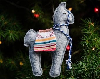 Felt Llama Ornament, Felt Ornament, Llama Ornament, Llama Gifts, Llama Decor, Ornaments, Christmas Ornaments, Felt Animals, Llamas, Gray