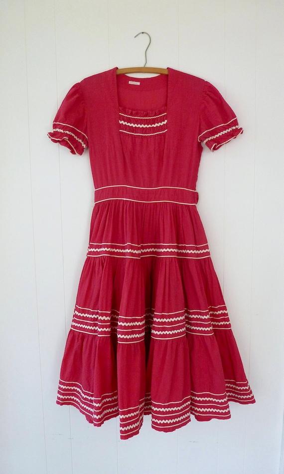 40's Puff Sleeve Dress Full Circle Skirt Seersucke