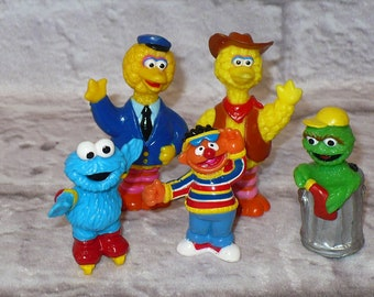 87498a23f87 Sesame Street PVC Figures Birthday Cake Topper Lot of Five Big Bird Oscar  the Grouch Cookie Monster Ernie