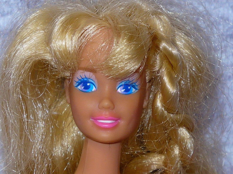 Dependable Two Barbie Dolls Barbie Starr 1979 And Barbie Mold Superstar Easy To Use Bambole E Accessori