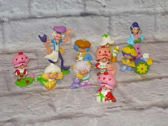 MULTI-LISTING Strawberry Shortcake Kenner Miniatures PVC Figures Vintage