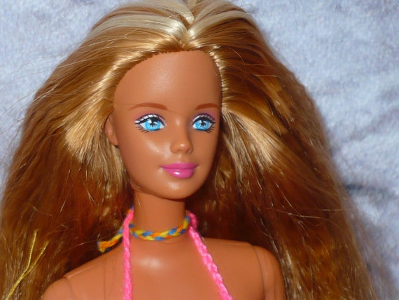 Vintage Mattel 1998 Butterfly Art Tattoo Barbie Doll Two Tone Crimped Hair Complete Crochet Bikini