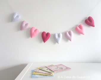 Heart Garland - Heart Banner - Pink and White Heart Garland - Felt Heart Garland - Wall Hanging - Wall Décor